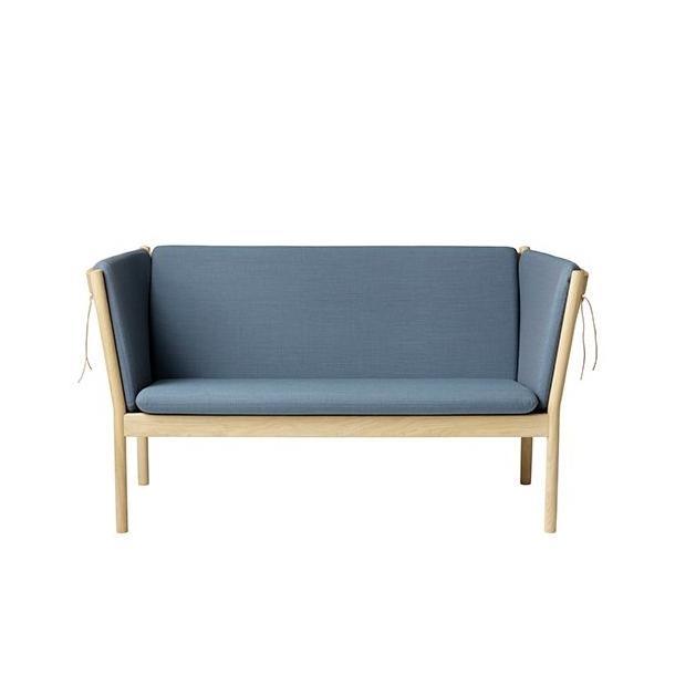 J148 2-pers sofa <br>(Eg/Støvet blå)