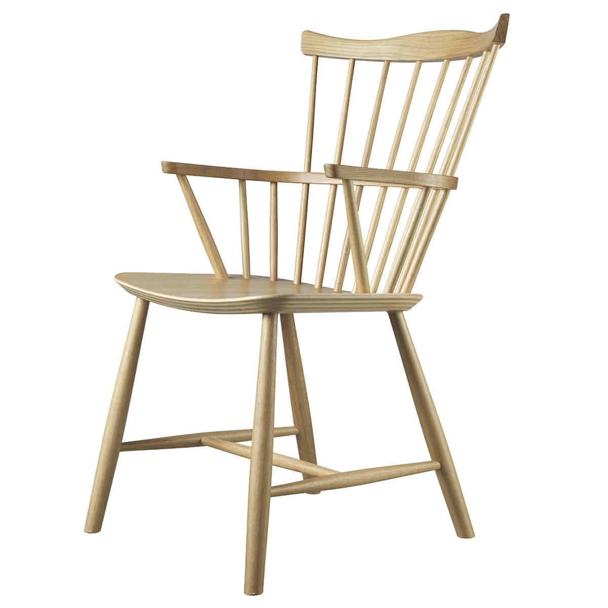 J52B spisebordsstol i eg, designet af Børge Mogensen