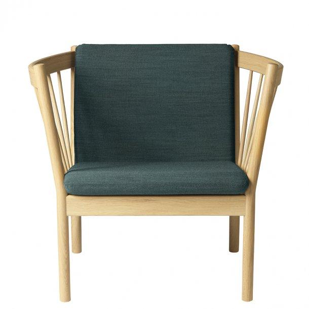 J146 lænestol <br>(Eg/Mørkegrøn)